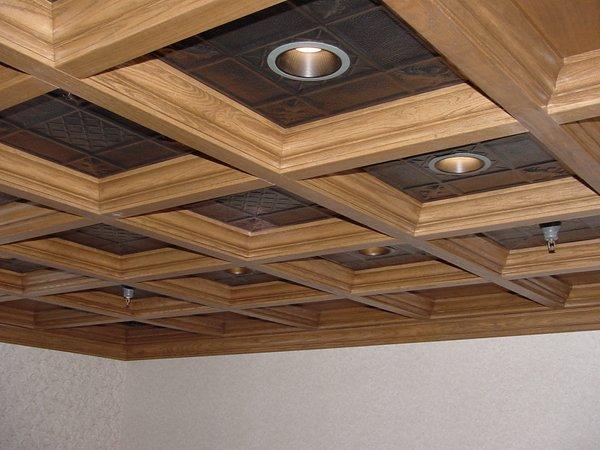 Интересное оформление потолка
